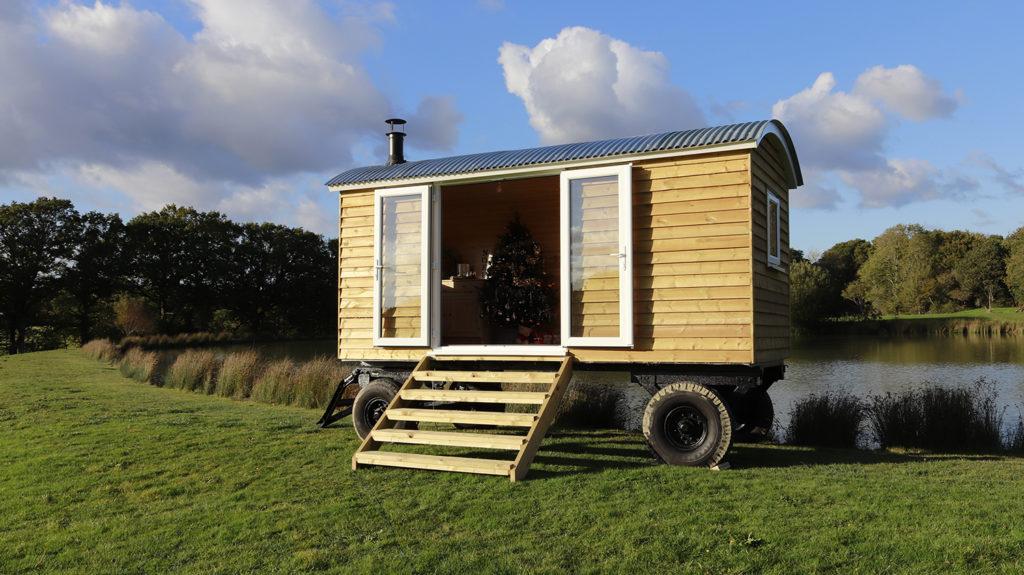 holmes-hill-shepherds-huts